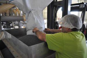 Natural Pack - Komplexní služby v oblasti zpracování suchých plodů